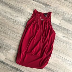 WHBM red top
